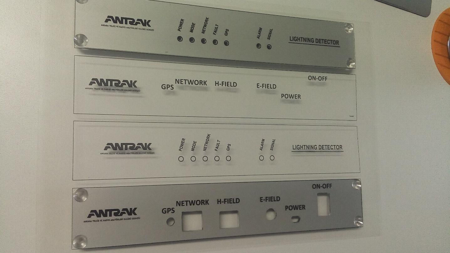 Resim 6: Asetata panel yazılarının yazılıp lazer yazıcıdan ters baskı alınması